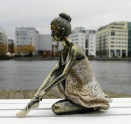 Chic Antique - Ballerina sittande